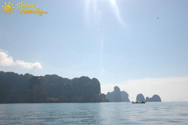 А берег Ао Нанга все дальше